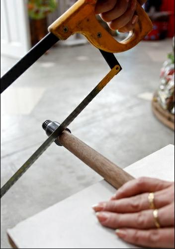 trelica jardim madeira:Com quatro cabos, forme o quadrado externo e sobreponha os demais a