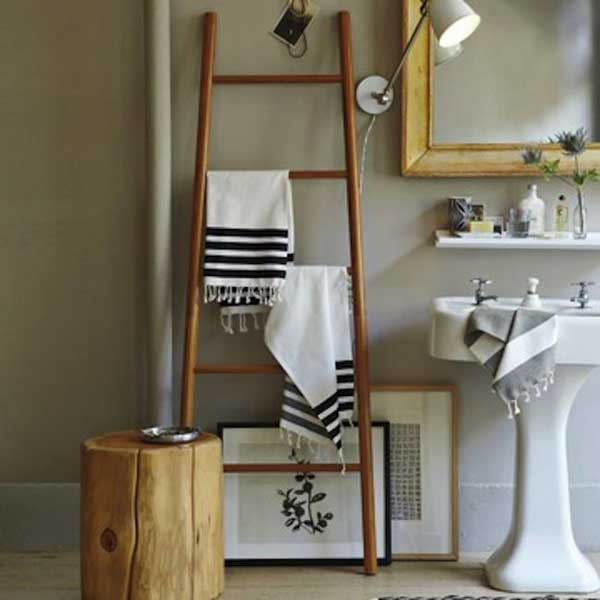 12-escada-reciclada-banheiro-3