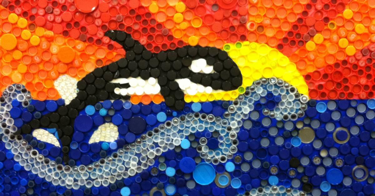 Artes com tampas de plástico